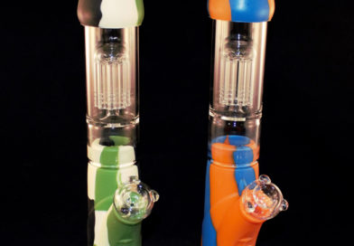 Silicone & Glass Water Pipe with Percolator by Atomic Dog Vapor Review